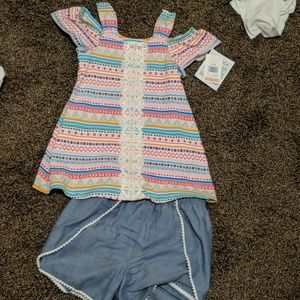 Nwt Bonnie Jean outfit . Super cute